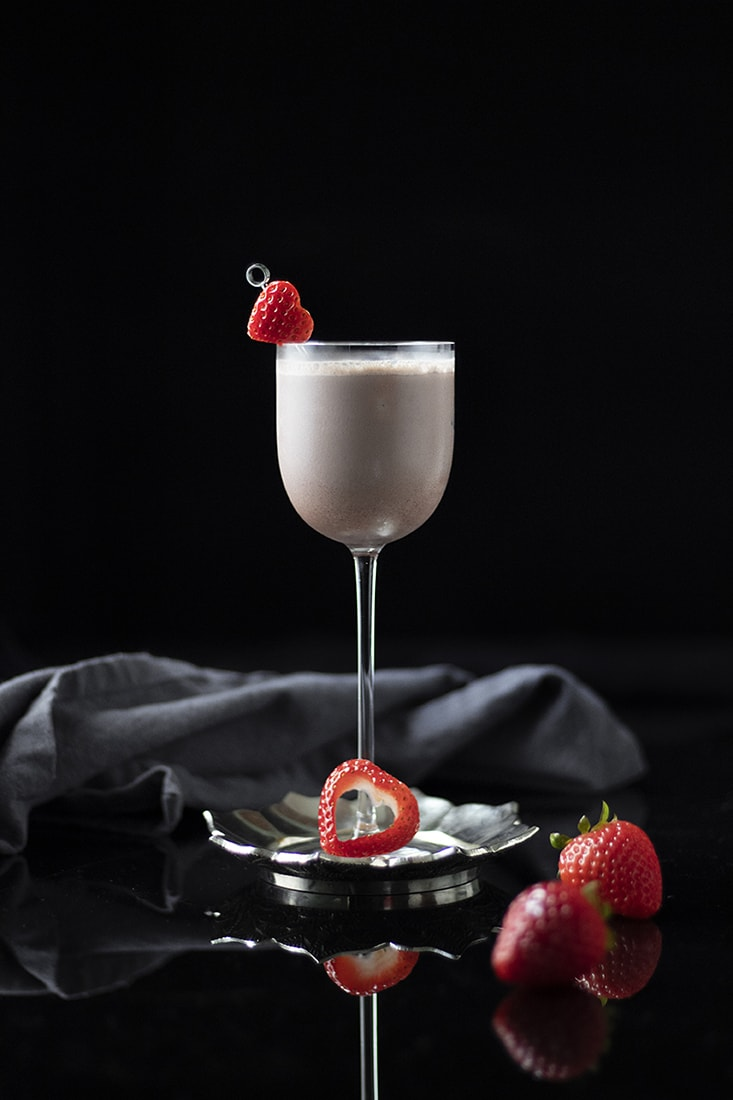 coco-kiss-valentines-day-cocktail-recipe-whiskey-bourbon-chocolate-coconut-01