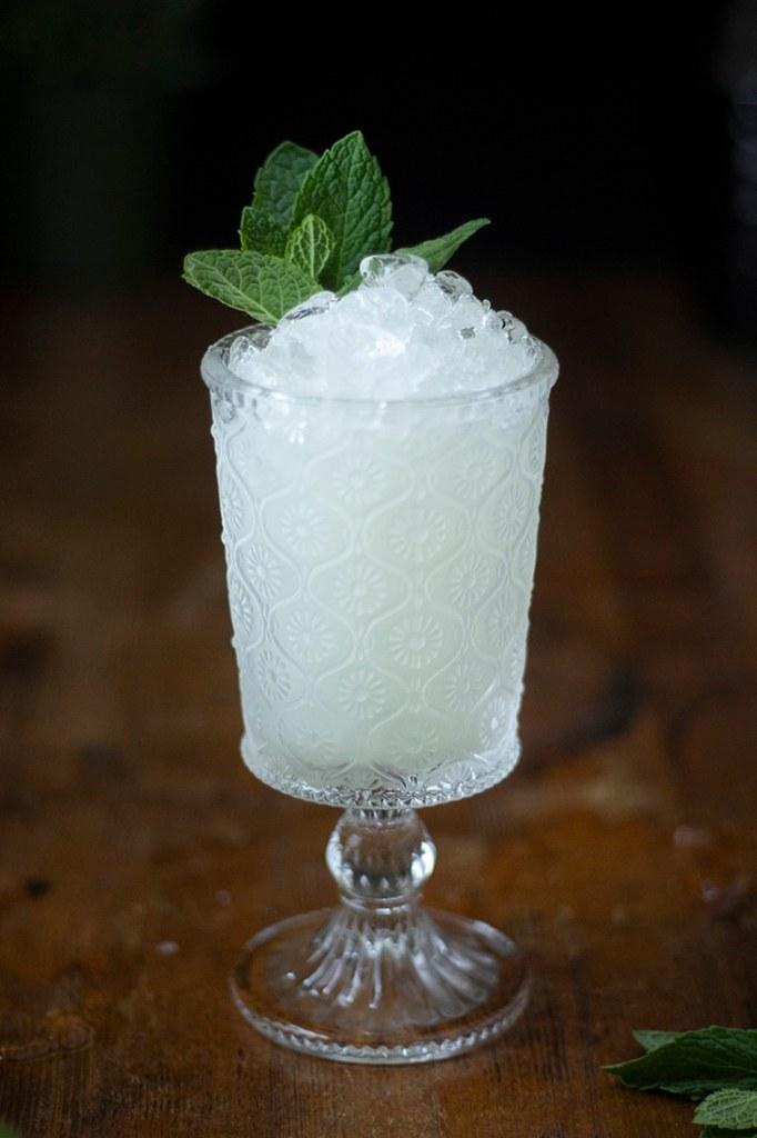 absinthe-frappe-close-up
