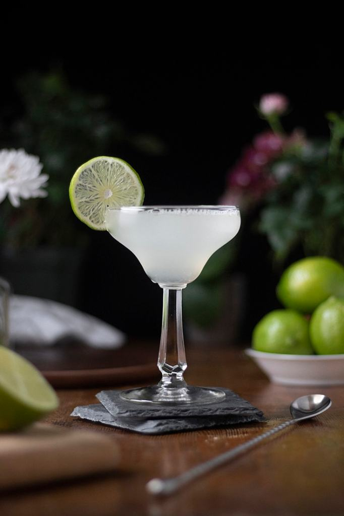 classic-margarita-cocktail-recipe-02