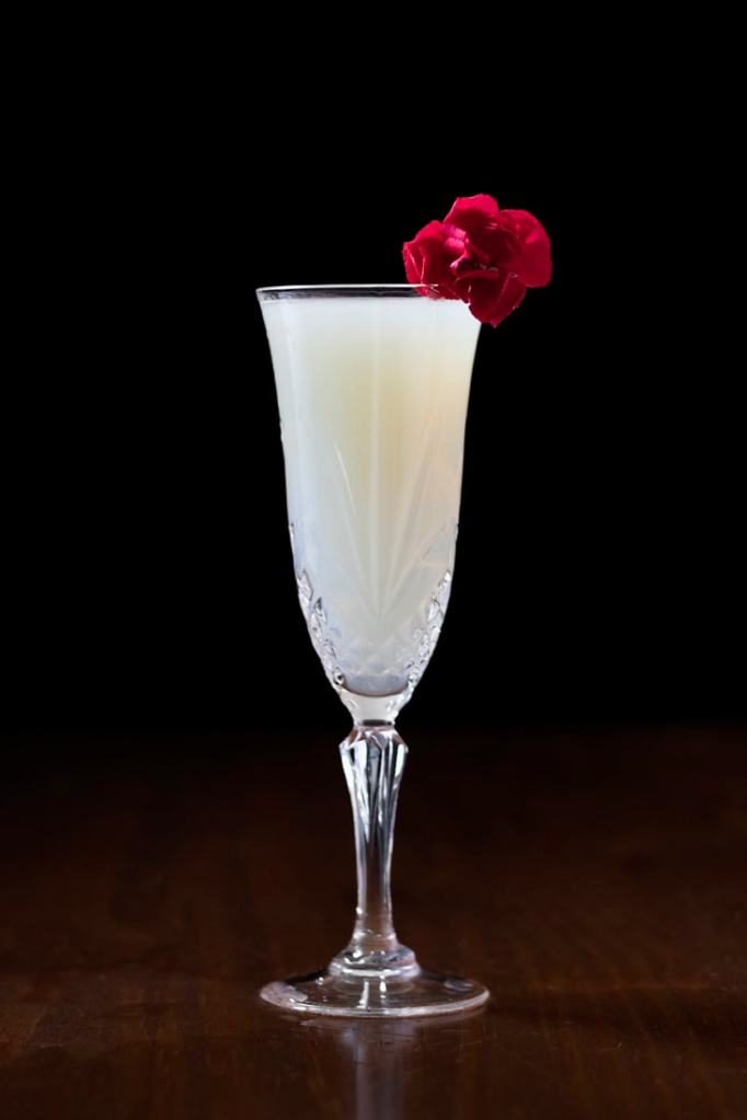 death-in-the-afternoon-absinthe-cocktail-8267504