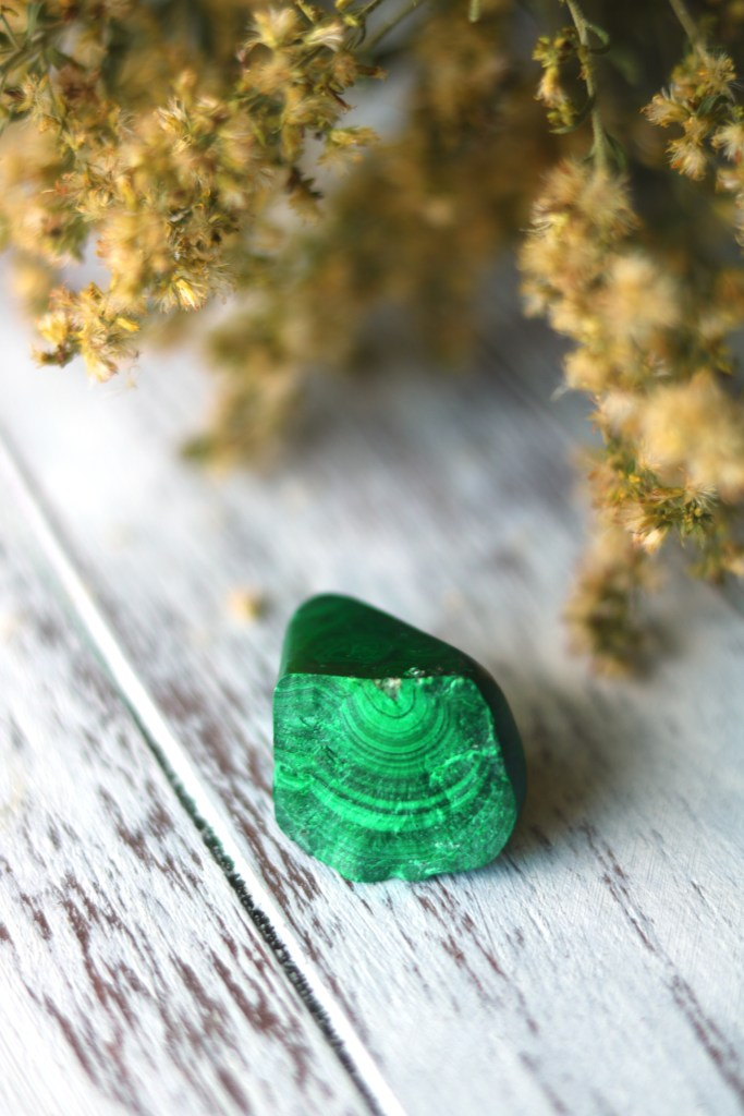 9 Ways to Use Malachite in Witchcraft
