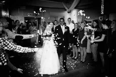 fotojournalistieke bruidsreportage trouwreportage spontane trouwfoto Hoofddorp Haarlem Amsterdam Leiden