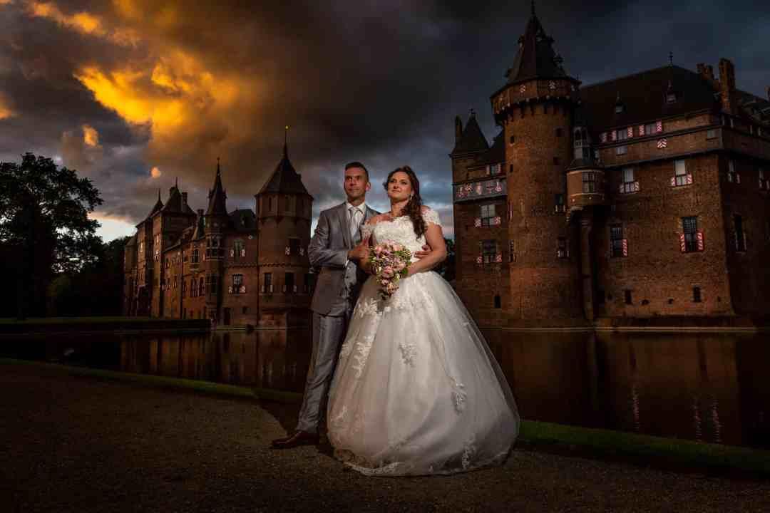magisch uur fotoshoot bruidspaar