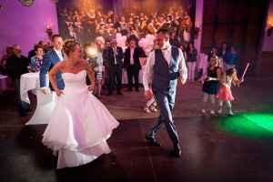 bruidsfotografie feestavond eerste dans