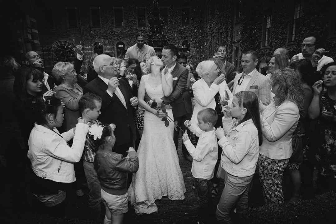 hond trouwdag bruidsfotografie