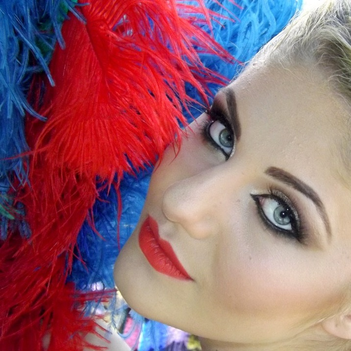 burlesque feathers