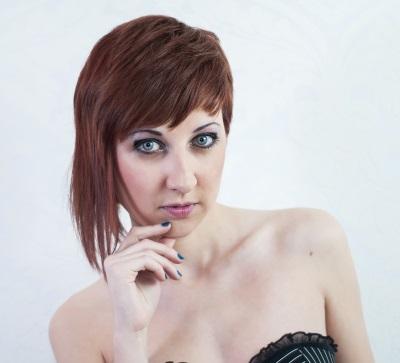 short hairstyle asymmetric