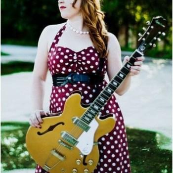 1950s-plus-size-polkadot-dress-1