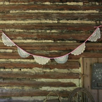 diy-lace-doily-bunting
