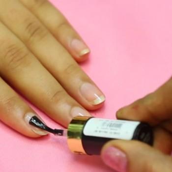 lilac-glitter-nail-art-3