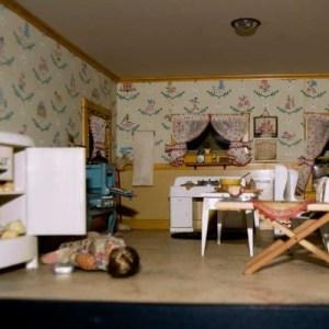 nutshell studies - miniature crime scenes
