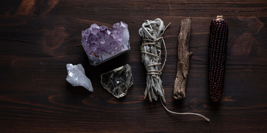 3 Online courses in ancient magic, Wicca and hedgewitchery