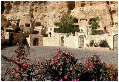 Cappadocia-Cave-Hotel-4