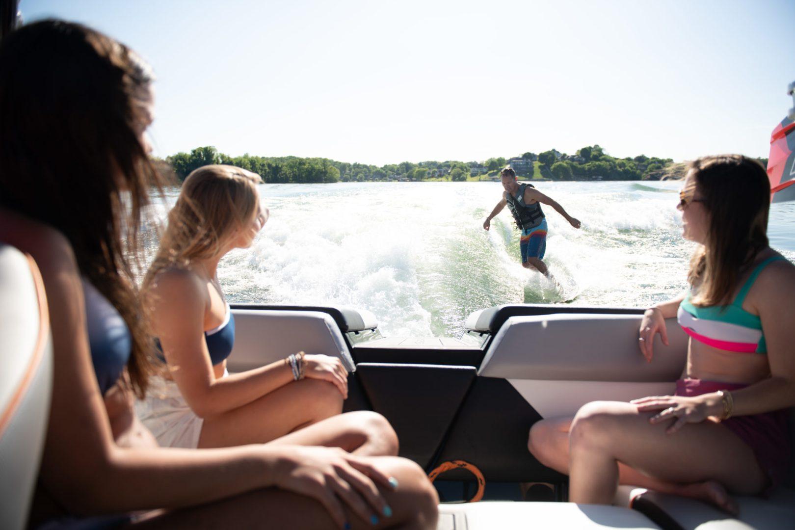Moomba Boats | Mondo Surf & Wakeboard Boat