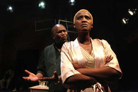 Pakamisa Zwelala and Masasa Mbangeni in Toronto production of Nongogo