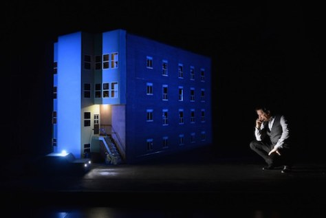 887 written, directed and performed by Robert Lepage - Photo Courtesy of PANAMANIA 8