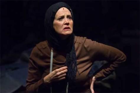 """Lisa Horner as """"Little Edie Beale"""" in Grey Gardens"""