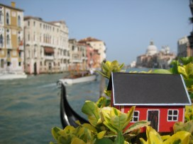 House #2.23 on the Grand Canal in Venice. Brought there by John-Olof Vinterhav on April 24, 2013