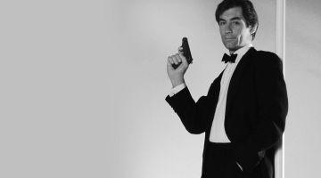 Timothy Dalton y Pierce Brosnan. Dos Bond muy breves. Artículo de Santiago Ruiz Mesa.
