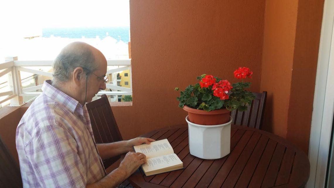 José María García Plata, las letras por vocación. Poesía, narrativa breve. Nuevo autor en MoonMagazine