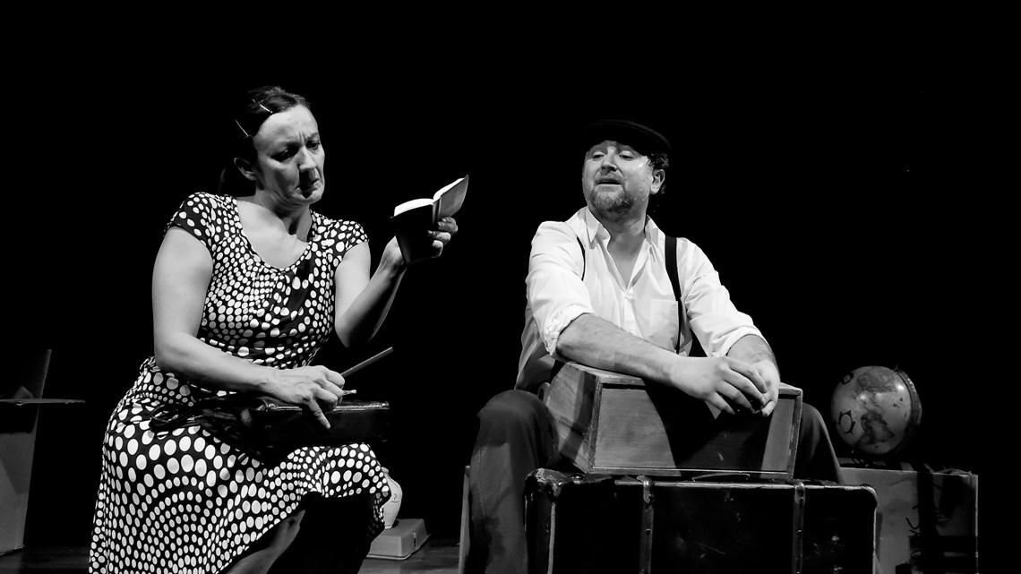 El gran ¡zasca! de Perigallo Teatro: La mudanza, en el off del Lara. Reseña de Alfonso Vázquez.