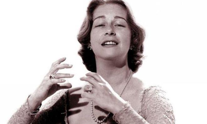 Hoy, En El Tocadiscos, La flor de la canela, en homenaje a la gran dama de la canción, María Dolores Pradera 2