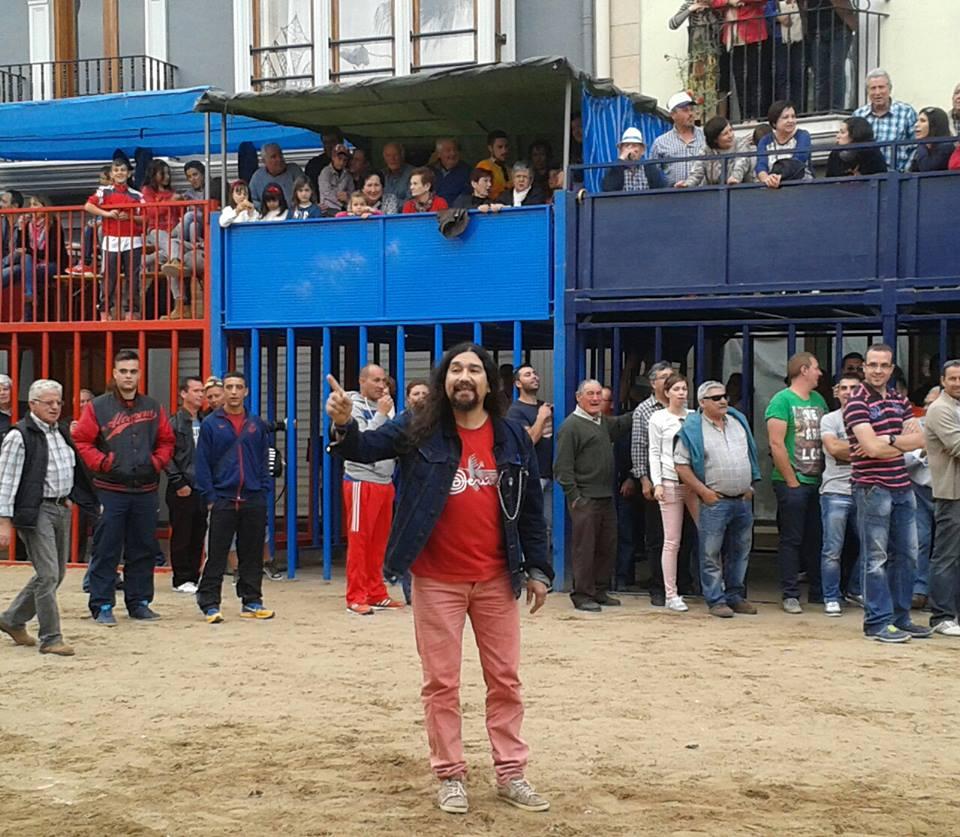 Llora Britches: la canción que llama a la escucha por el fin del confinamiento animal 5