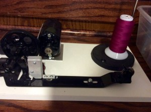 Traditional bobbin winder