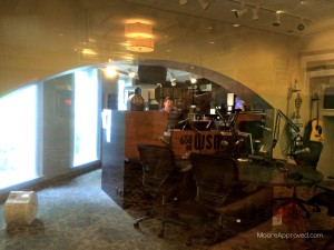 Gaylord Opryland Resort Hotel Nashville Radio Station WSM 650AM Country Music