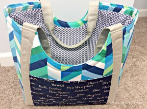 Moore Approved Noodlehead Poolside Tote Cotton and Steel Canvas Robert Kaufman Geopop Blue Green Silver Bag Back Slip Pocket