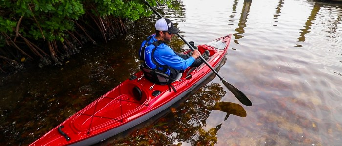 Buying a Kayak Eddyline Caribbean 12.00_01_51_30.Still002-2