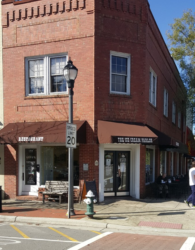 Restaurant Broad St Southern Pines