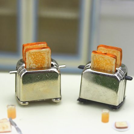 1:12 Miniature Dollhouse Toaster with Sliced Bread Crafting Accessory
