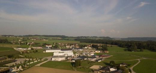 Lufaufnahme Gewerbegebiet Moosdorf