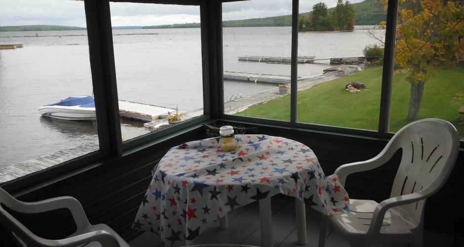 Bunkhouse Enclosed Porch overlooking Moosehead Lake