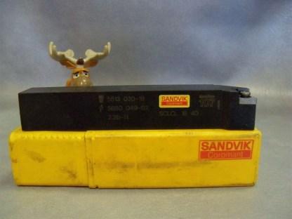 Sandvik-SCLCL164D-Cutting-Tool-SCLCL-16-4D-9E0830805-CoroTurn-107-6