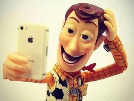 buzz-selfie