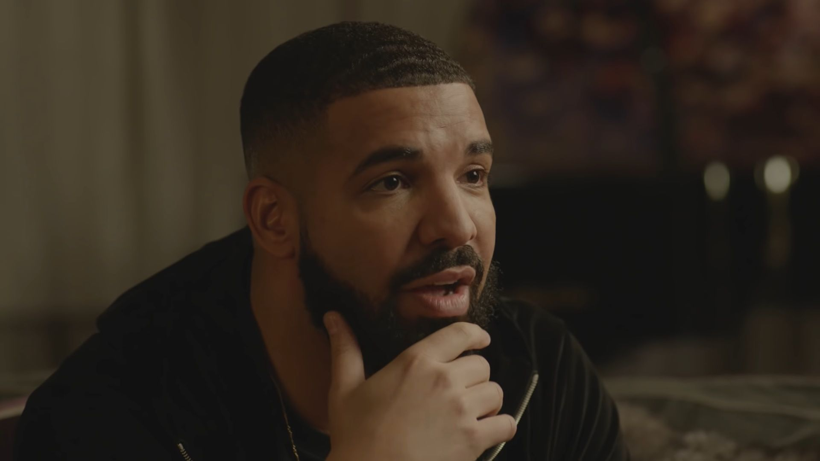 Beefs, Kanye, Rihanna, abucheos y más: 5 cosas que aprendimos con la nueva entrevista de Drake