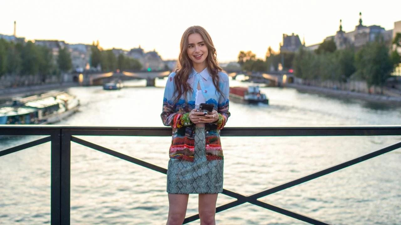 """¿""""Emily in Paris"""" sobornó a los miembros de los Golden Globes para obtener nominaciones?"""