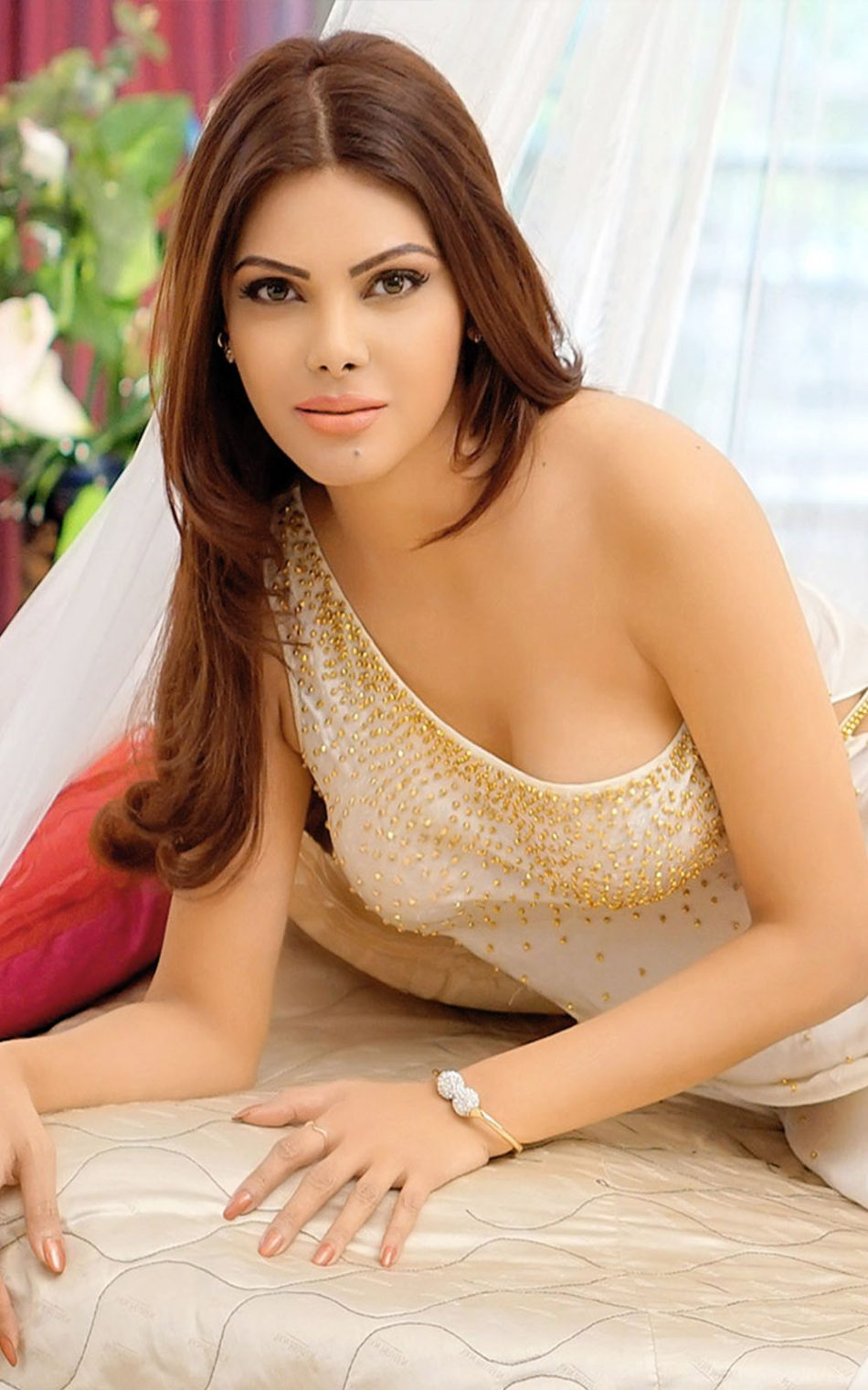 Sherlyn Chopra Download Free 100 Pure HD Quality Mobile