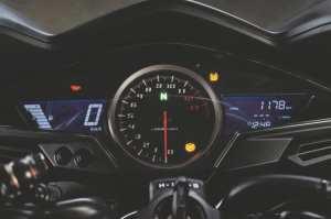HondaVFR800-YM14-008