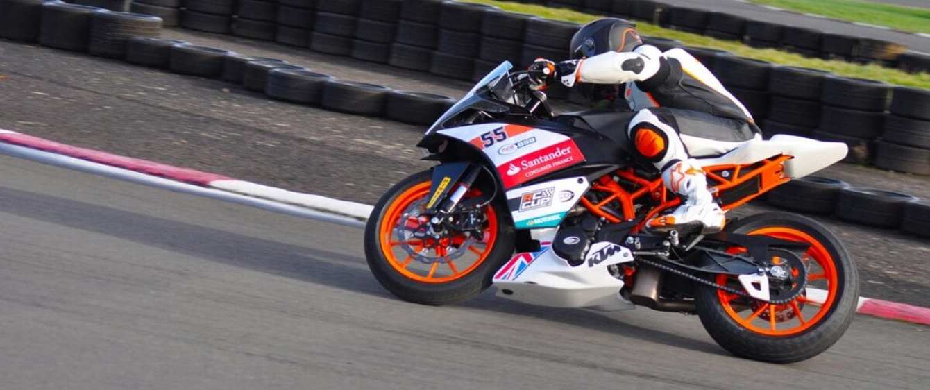 KTM-RC390-Cup-2