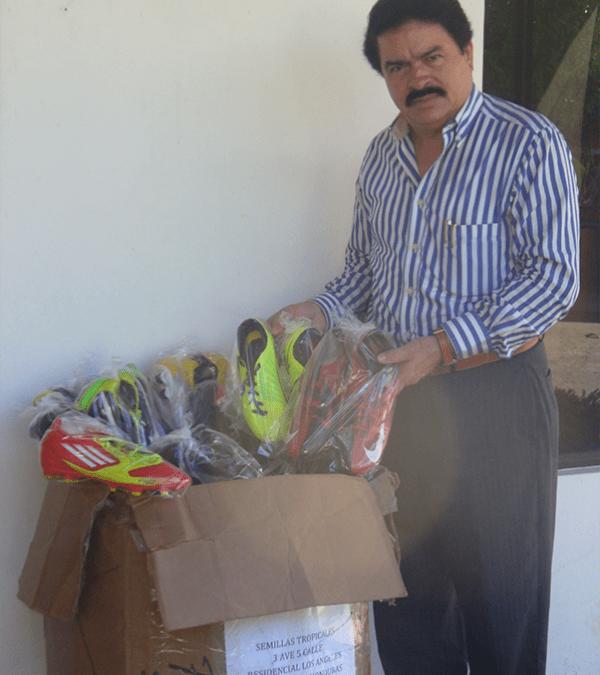 Supplying Soccer Shoes to Dozens of Soccer Teams in Honduras