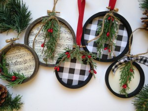 DIY Farmhouse Christmas Ornaments