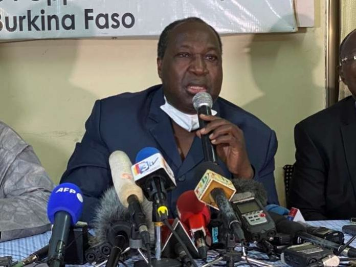 Opposition leader and presidential candidate Zephirin Diabre gives a press conference ahead of the presidential and legislative elections in Ouagadougou, Burkina Faso, on November 21, 2020. REUTERS-Media Colibaly