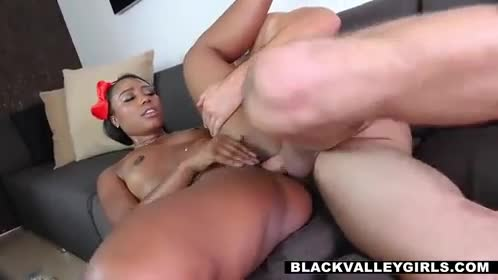 This Ebony Babe Will Make Anyone Fall For Her 3 XXX Videos
