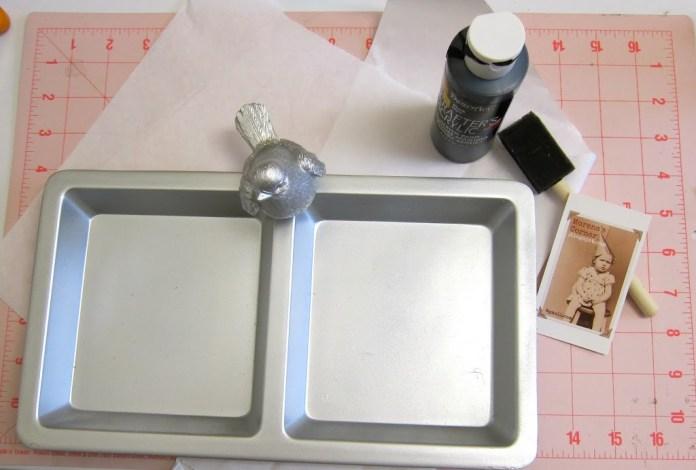 silver metallic spray paint on plastic