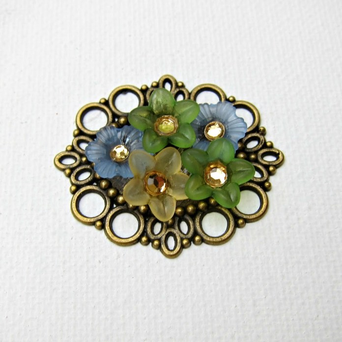 Flower-Garden-Pendant