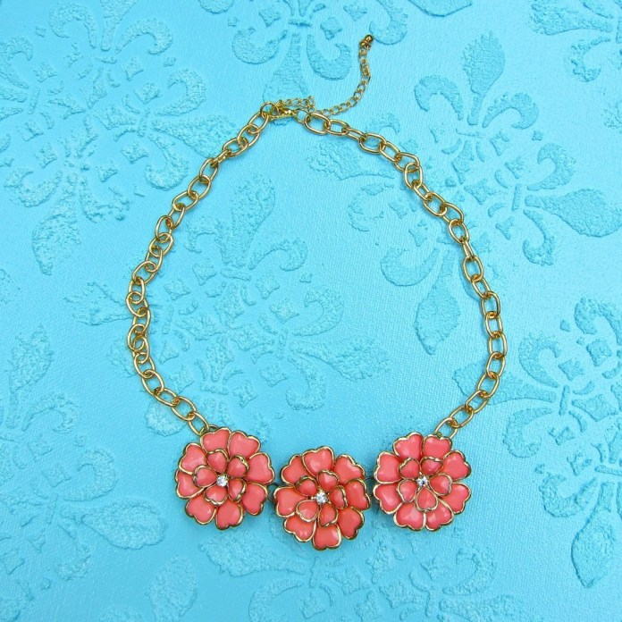 Floral-Anthro-Style-Necklace
