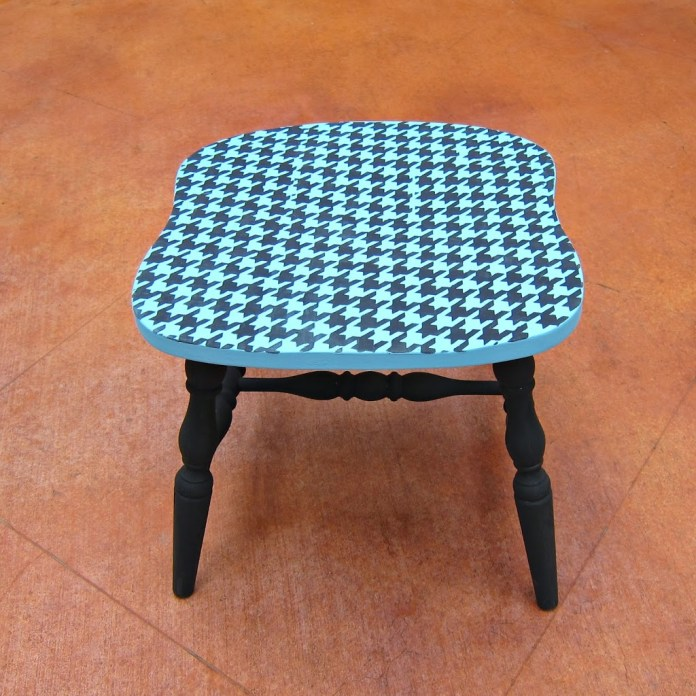 Chalky-Finish-Stenciled-Stool